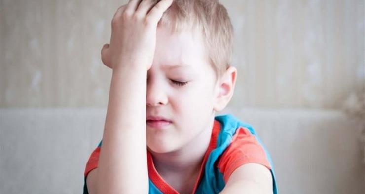 تقرير ألماني يحذر من أعراض تنذر بارتجاج المخ لدى الأطفال