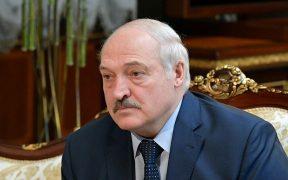 تصعيد جديد.. بيلاروسيا تطرد السفير الفرنسي لديها
