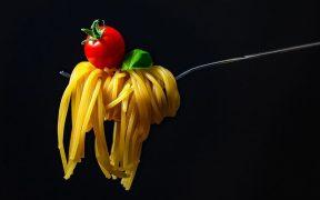 أخطاء شائعة.. طاهية إيطالية تكشف عن الطريقة الأمثل لتحضير المعكرونة