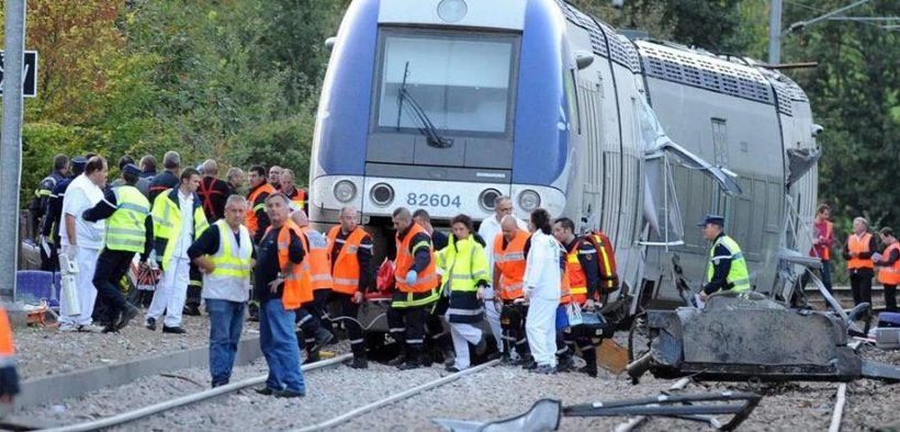 مقتل 3 مهاجرين صدمهم قطار في جنوب فرنسا